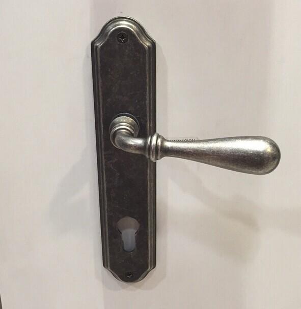 门厚度5cm